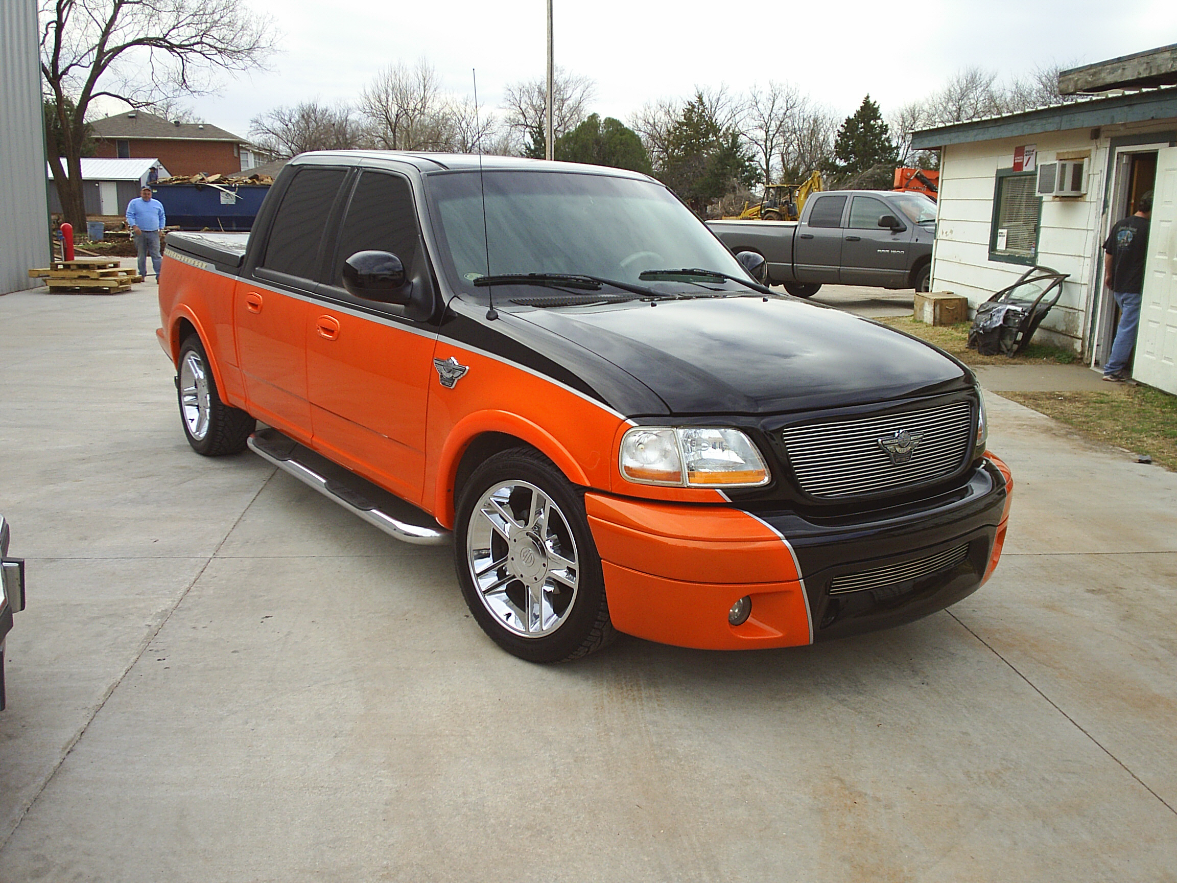Custom two-tone Truck by Body Worx of Guthrie